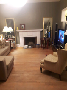 2 Bedroom apt freshly painted available Feb 1st