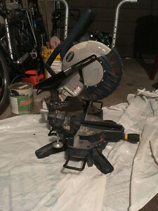 Rona Double Bevel Compound Miter Saw
