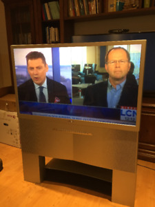 "TV Sony 46"" WEGA with a stand"