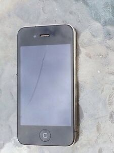 Iphone 4 1 crack in front