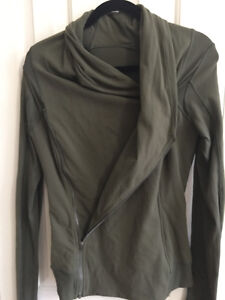 Lululemon Double Zip Jacket - size 10 London Ontario image 3
