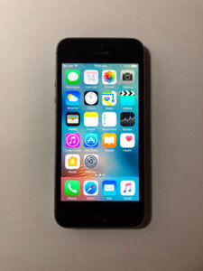 FACTORY UNLOCKED Space Grey 16GB iPhone 5S (A Condition)