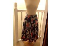 Lovely White Stuff size 12 fully lined skirt