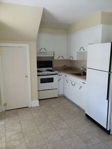 Cute and cozy 1 bedroom for rent!