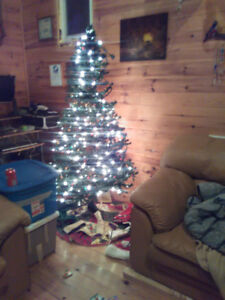 6.5' noma Christmas tree with built in lighting