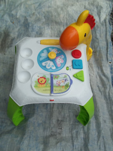 Fisher-Price - Animal Friends Learning Table