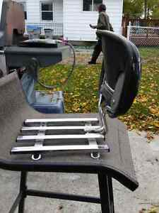 Six pack rack with removable back rest London Ontario image 1