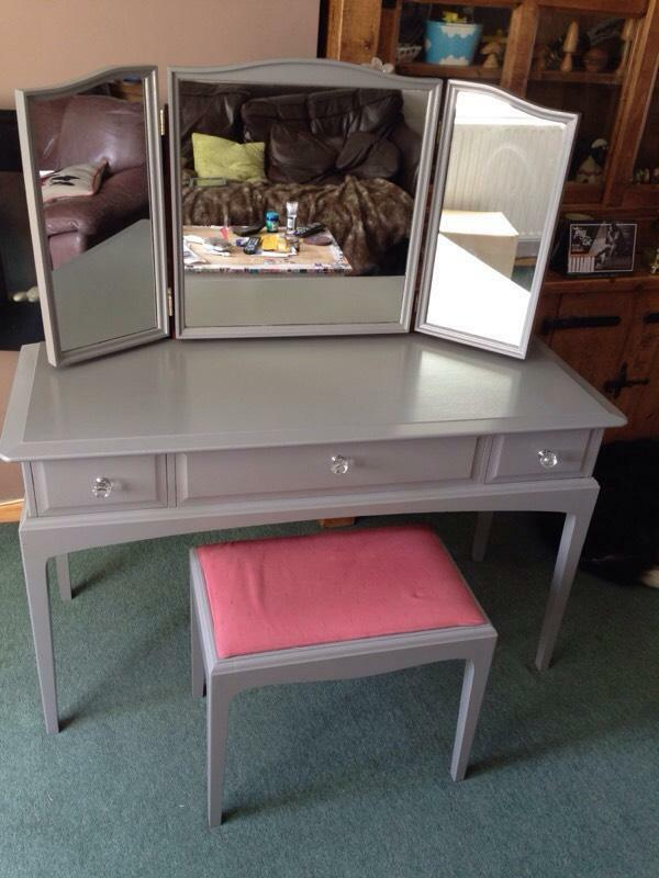 Hand Painted Dressing Table Hand Painted Dressing Table