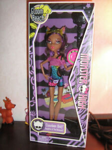"MONSTER HIGH DOLL ""CLAWDEEN WOLF"""