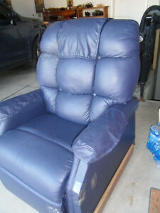 Lift Chair for sale Windsor Region Ontario image 2