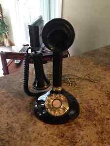 Téléphone antique Noir et or