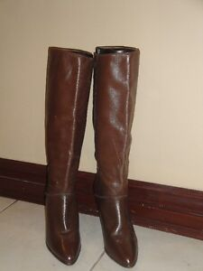 BROWN LEATHER STILETTO BOOTS W/WOOD HEEL - SIZE 7(PAID $300+)