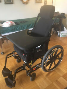 High Quality Wheelchair with Cushion and Pump
