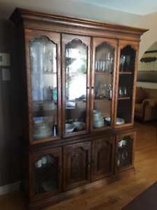 China Cabinet with built in lights