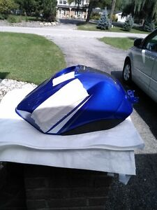 YAMAHA R6 2003-2008 R6S FUEL/GAS  TANK CLEAN INSIDE Windsor Region Ontario image 1