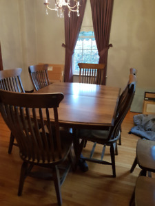 Quality Handcrafted Dining Table, 8 chairs and 3 barstools