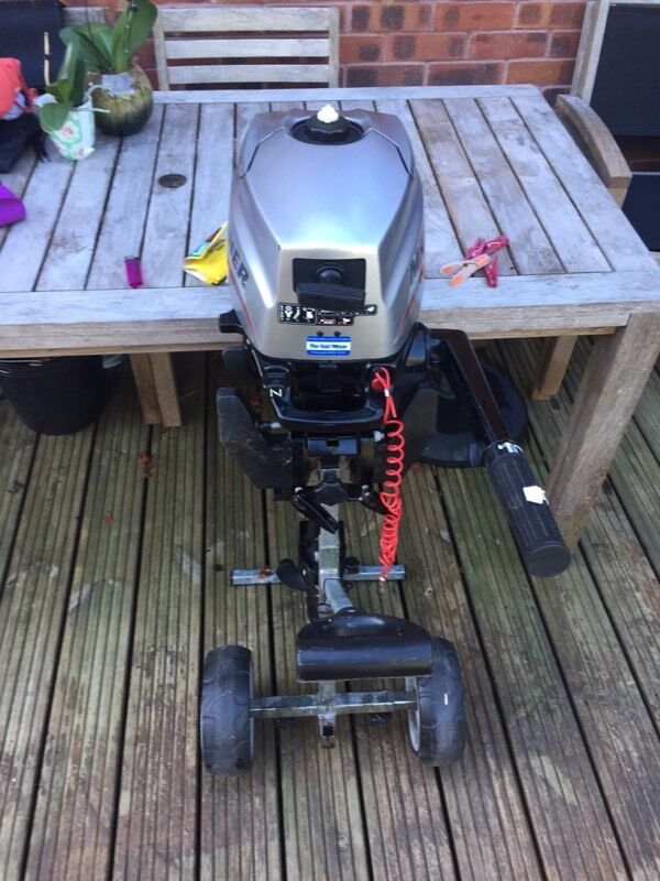 2.3 tender boat and marina 3.5 four stroke outboardin Waterlooville, HampshireGumtree - Good little boat no repairs Out board has recently been serviced all in working order and come with stand