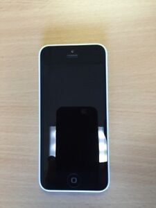 iPhone 5c 16G Bell - Comme NEUF!