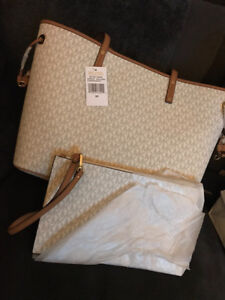 Michael Kors Jet Set Travel large tote and clutch