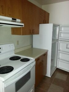 Historic Westmount! Quiet Adult Only Bldg- 1 Bed Lower Level