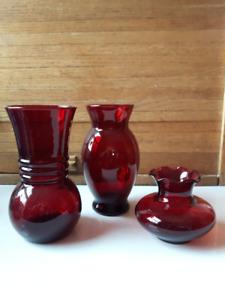 3 vases Ruby Red