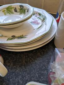 Assorted kitchen bundle