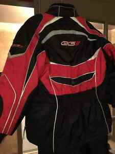 GKS Snowboard/ Ski jacket and pants West Island Greater Montréal image 4