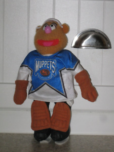 Waka Waka.....Hockey Fozzie Bear