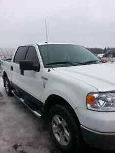 2008 clean! ! Ford f150