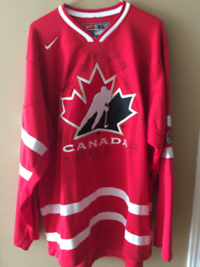 2010 Olympic Women's hockey team autographed signed Jersey