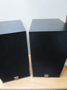 Clements 105di Two Way Bookshelf Speakers