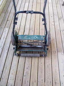 Manual Lawnmower metal in great condition