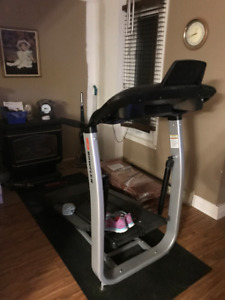 Almost new  Bowflex Treadclimber TC100