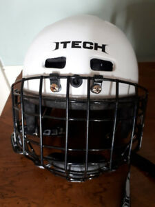 Kids hockey helmet. Size 6-6.5.