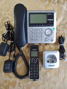 Cordless Phone with answering machine., VTech CS6449