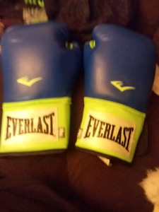 Boxing cloves