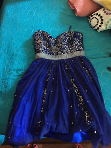 Beautiful navy blue dress ( great for graduation or prom) London Ontario image 1