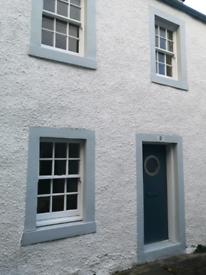 Seaview cottage at Edinburgh harbour all bills paid
