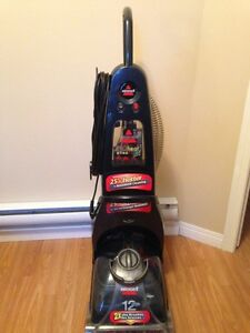 Bissell Pro Heat Plus carpet steamer