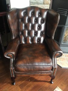 **FOR SALE HICKORY LEATHER TUFTED LOVE SEAT, CHAIR, SOFA**