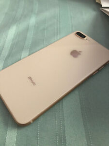 IPHONE 8 PLUS - UNLOCKED MINT CONDITION IN BOX