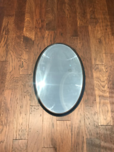 "Oval mirror 31 x 21 x 2"" excellent condition"