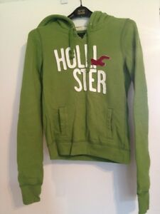 Hollister Hoodie- small West Island Greater Montréal image 1