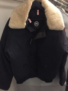 Canada Goose Bromley Bomber Blue Size Small