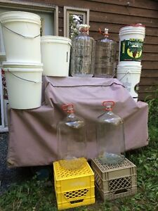 23L Glass Carboys and buckets for wine and beer making