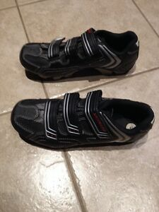 Specialized Mountain Bike Shoes Size 40