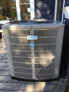 Thermopompe/Heat Pump American Standard Heritage 14 (3 tonnes)