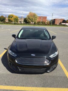 2015 Ford Fusion SE 2.0l automatic camera/navigator/leather/roof