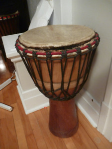 """Superbe Djembe africain 12"""" pouces"""
