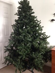 Artificial 7 foot Christmas tree  Cambridge Kitchener Area image 1